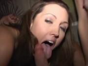 Petrecere intre colegi lasata cu orgie