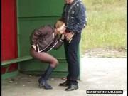 Sex surprins intr-o satie de autobuz