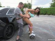 Fututa pe la spate pe un hoverboard