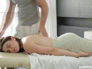 Masaj erotic cu futai si finalizare