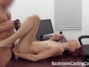Primul ei orgasm l-a primit la sexul anal de la casting